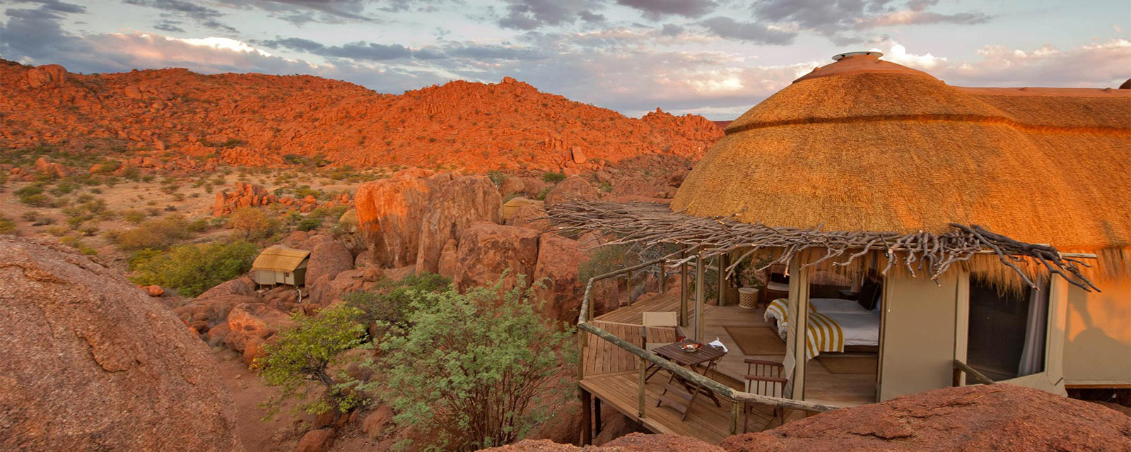Mowani Mountain Camp - NAMIBIA