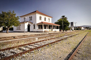 Facade - Train Spot Guest House - Beirã, Alentejo, PORTUGAL