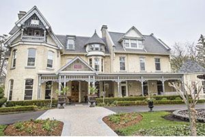Facade - The Idlewyld Inn and Spa - London, Ontario, CANADA