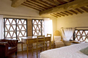 Small luxury hotels and boutique hotels in tuscany for Designhotel toskana