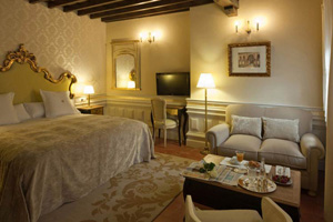 Small luxury hotels and boutique hotels in granada for Best boutique hotels granada