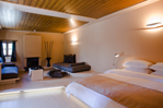 Kipi Suites - Photo 5