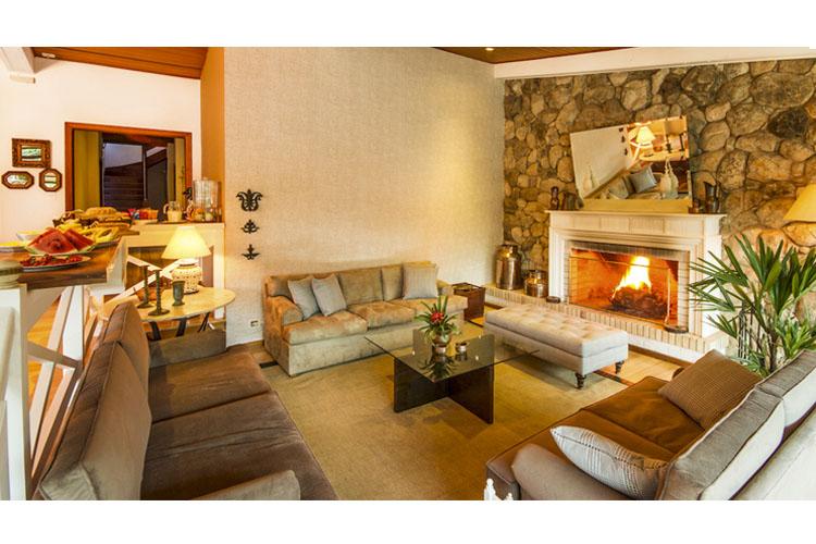 Lounge - Apple House - Campos do Jordão