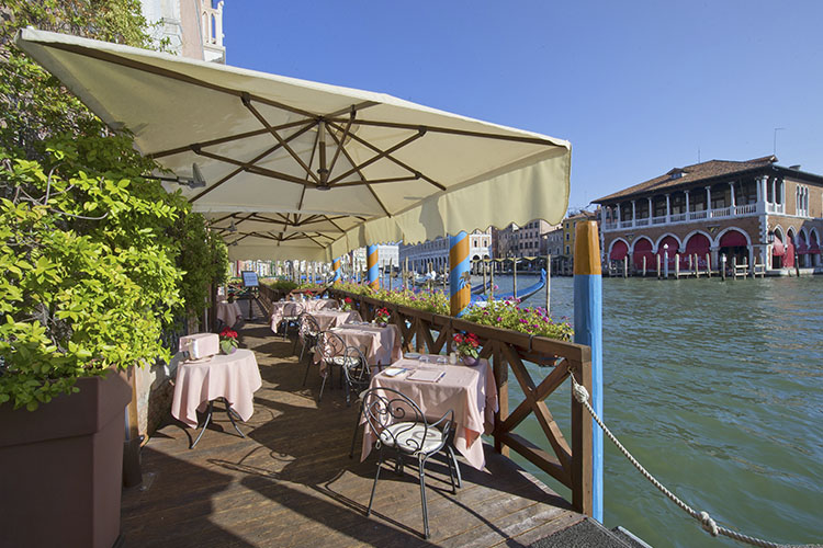 Exterior Dining Room - Ca' Sagredo Hotel - Venice