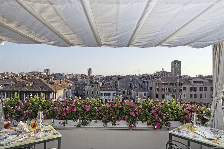 Terrace - Ca' Sagredo Hotel - Venice