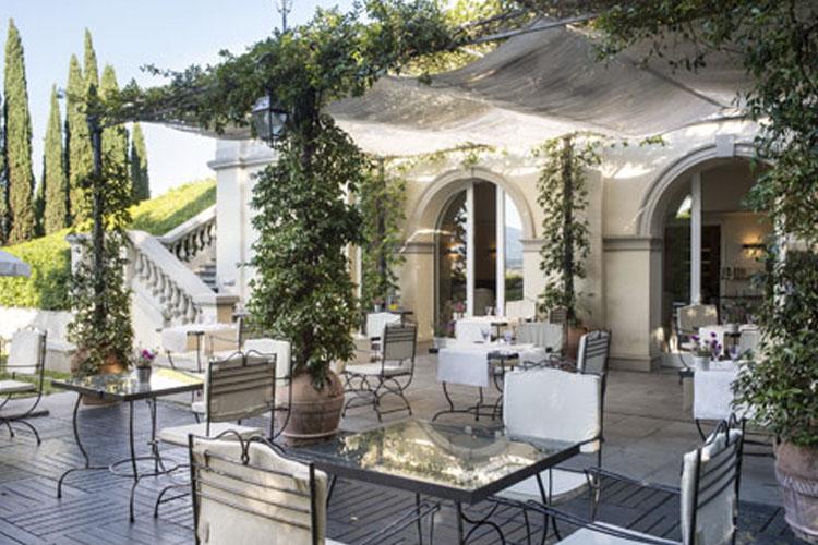 Exterior Dining Room - Villa La Vedetta - Florenz