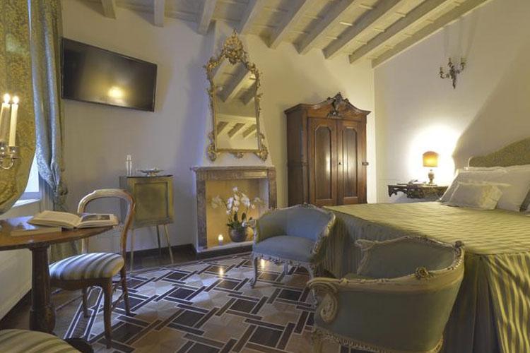 hotel santa marta suites ein boutiquehotel in mailand. Black Bedroom Furniture Sets. Home Design Ideas