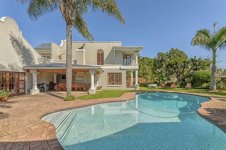 Pool - Millbury Guest House - Port Elizabeth