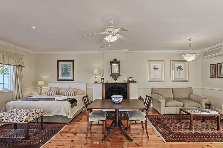 Suite 2 - Millbury Guest House - Port Elizabeth