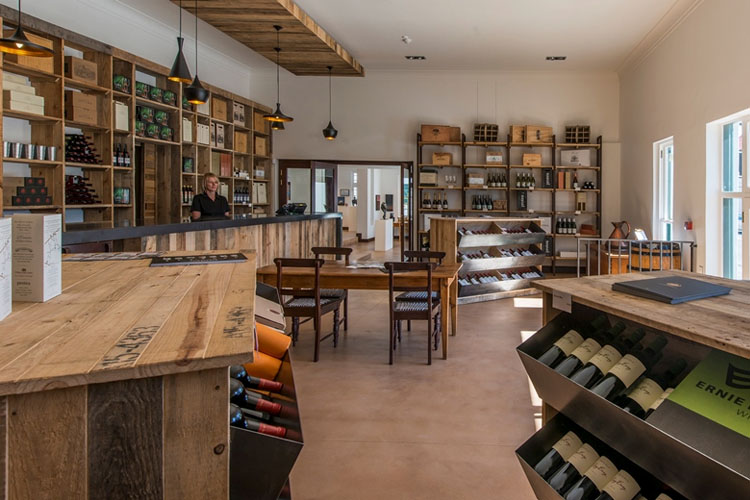 Dining Room - Drostdy Hotel - Graaff-Reinet