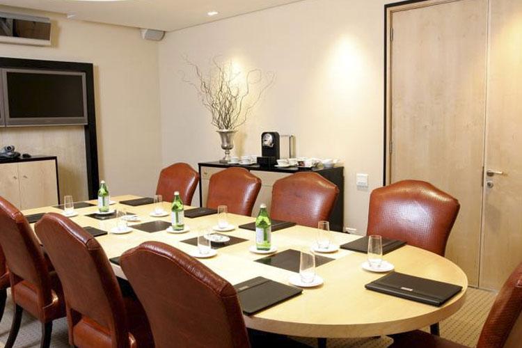 Business Room - No 5 Boutique Art Hotel - Port Elizabeth