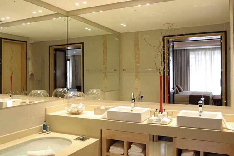 Bathroom - No 5 Boutique Art Hotel - Port Elizabeth