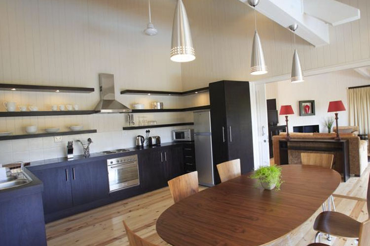 Kitchen - The Fernery Lodge & Chalets - Storms River