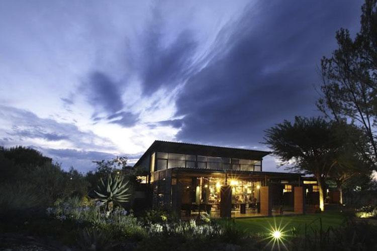 Facade - Liedjiesbos Bed & Breakfast - Bloemfontein