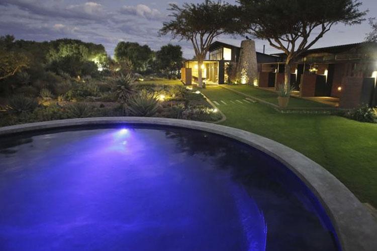 Pool - Liedjiesbos Bed & Breakfast - Bloemfontein