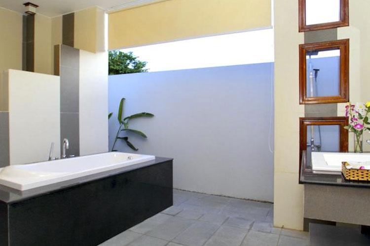 Bathroom - The Orchid Garden Villas - Hoi An