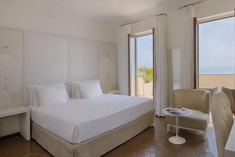 Junior Suite with Terrace - Grand Hotel Convento di Amalfi - Costa Amalfitana