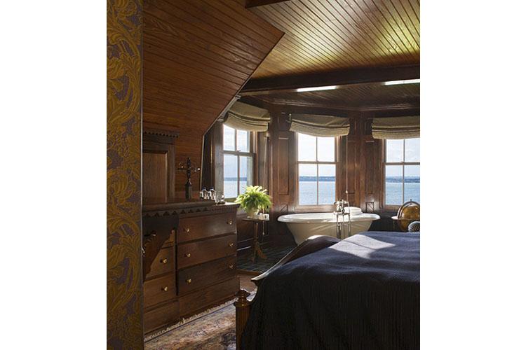 Turret Suite - Castle Hill Inn - Newport