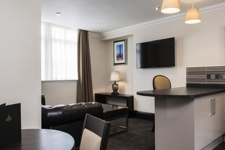 Living Room - Vermont Aparthotel - Newcastle upon Tyne