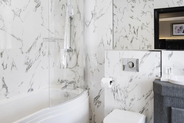 Bathroom - Vermont Aparthotel - Newcastle upon Tyne