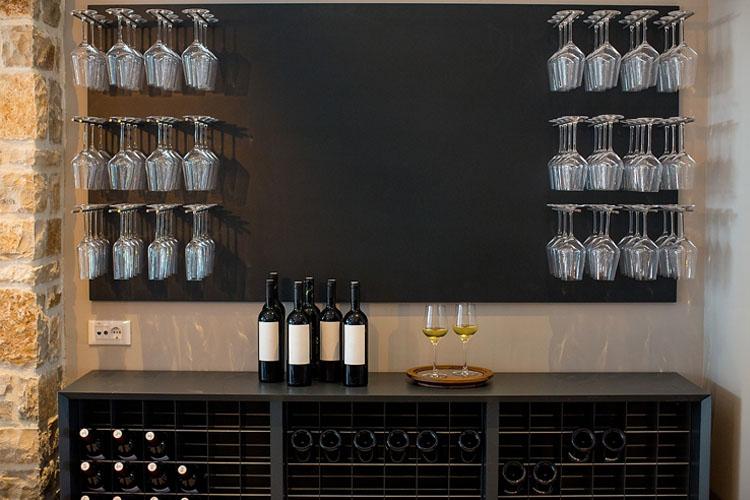 Wine Room - Hotel Osam - Supetar