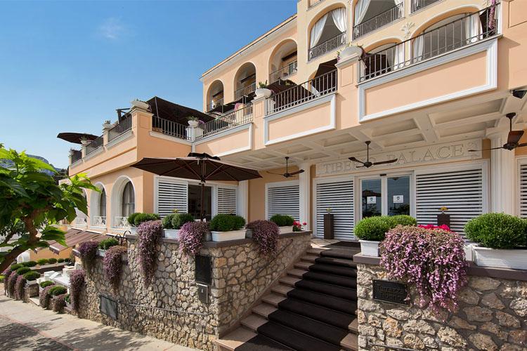 capri tiberio palace h tel boutique capri. Black Bedroom Furniture Sets. Home Design Ideas
