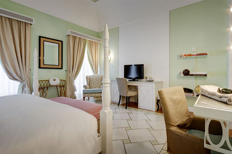Double Room - Capri Tiberio Palace - Capri, Ischia und Procida