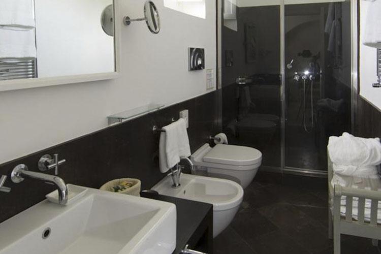 Bathroom - Capofaro Malvasia & Resort - Salina