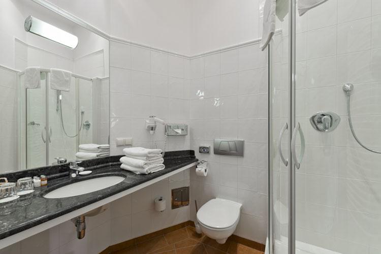 Bathroom - Hotel Pugetow - Cracow