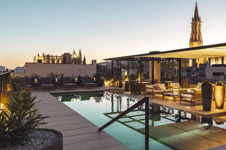 Sant francesc hotel singular a boutique hotel in palma for Small great hotels