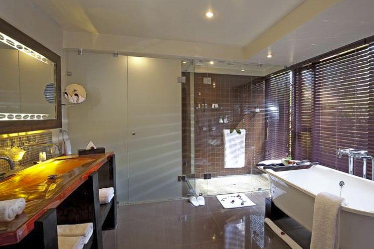 Bathroom - Arusha Coffee Lodge - Arusha