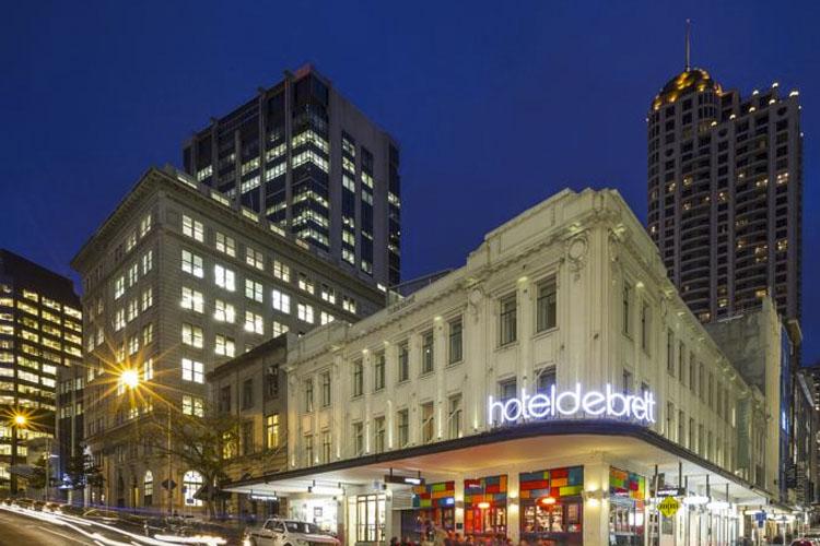 Facade - Hotel DeBrett - Auckland
