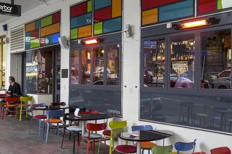 Exterior Dining Room - Hotel DeBrett - Auckland