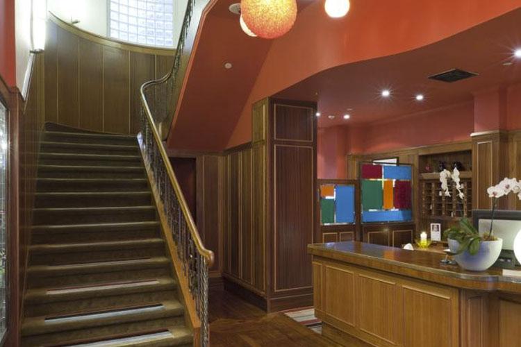 Reception - Hotel DeBrett - Auckland