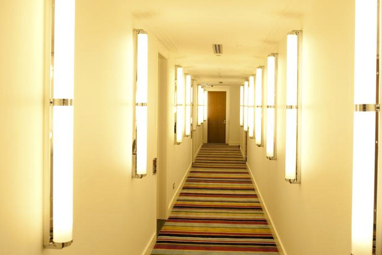 Interior - Hotel DeBrett - Auckland