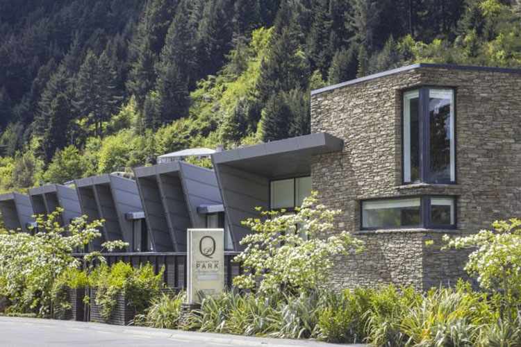 Facade - Queenstown Park Boutique Hotel - Queenstown
