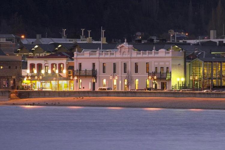 Facade - Eichardt's Private Hotel - Queenstown