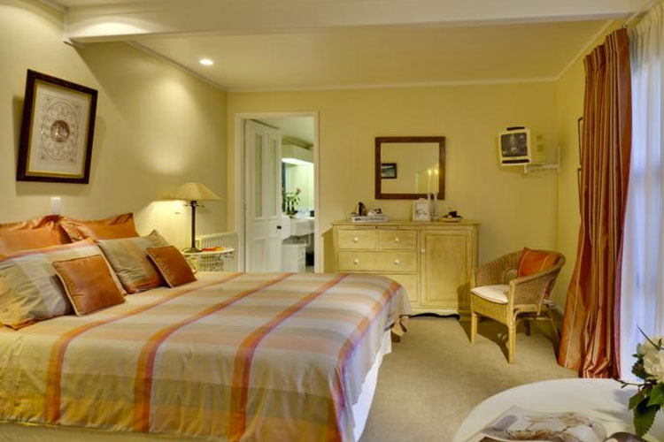 Double Room - The Peppertree - Blenheim