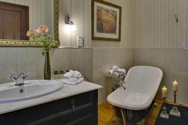 Bathroom - The Peppertree - Blenheim
