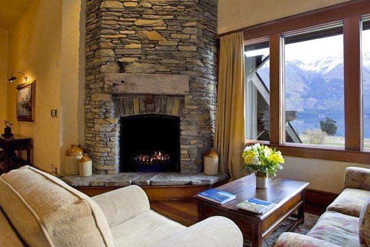 Lounge - Blanket Bay - Glenorchy