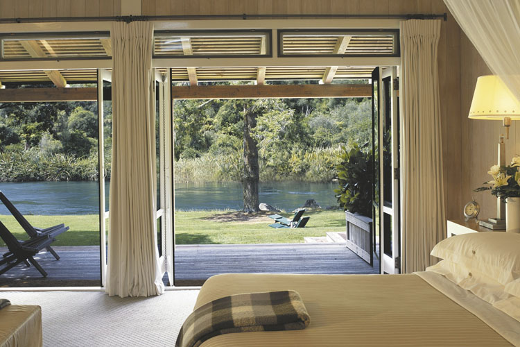 Junior Lodge Suite - Huka Lodge - Taupo