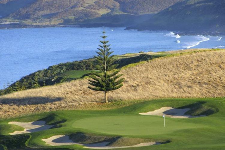 Golf Court - The Lodge at Kauri Cliffs - Matauri Bay