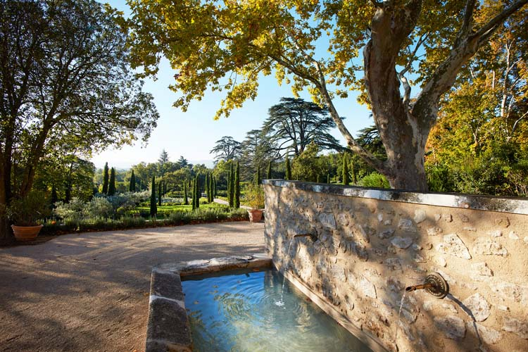 Domaine de fontenille a boutique hotel in provence french for Boutique hotel luberon