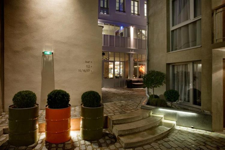 Hotel jules jim a boutique hotel in paris for Hotel design 75003
