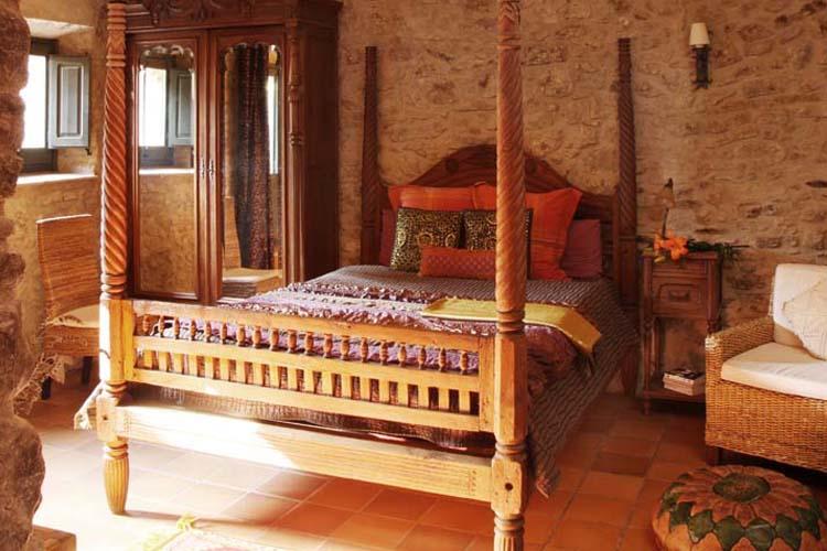 Brown Room - El Racó de Madremanya - Costa Brava