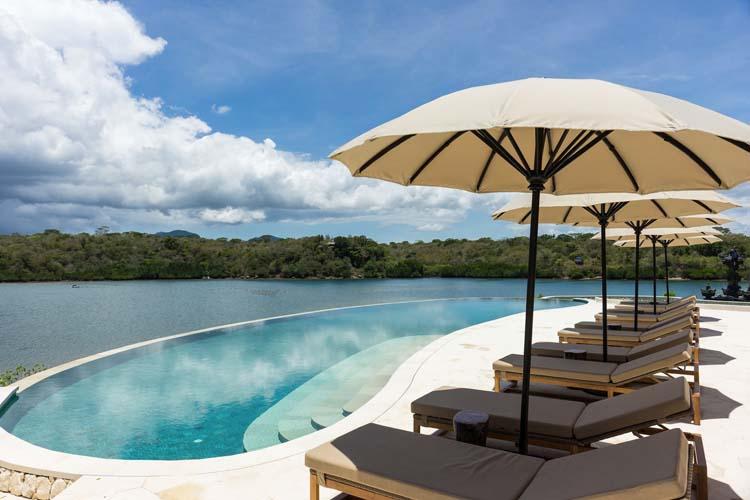 Pool - Menjangan Dynasty Resort - Pejarakan
