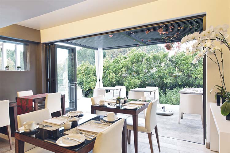 Dining area - Kensington Place - Cape Town