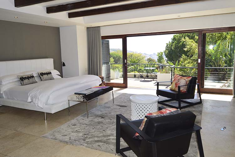 Deluxe Room - Kensington Place - Cape Town