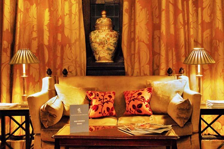Lounge Bar - Lewtrenchard Manor - Lewdown