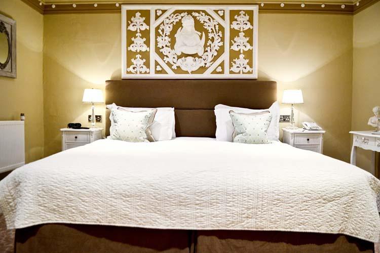 Classic Room Lyndhurst - Lewtrenchard Manor - Lewdown